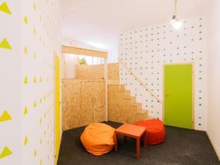 /nl-nl/homeplus-hostel/hotel/budapest-hu.html?asq=jGXBHFvRg5Z51Emf%2fbXG4w%3d%3d