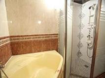 Goodstay King Motel: bathroom