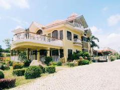 Hotel in Philippines Tagaytay | The Q Hotel