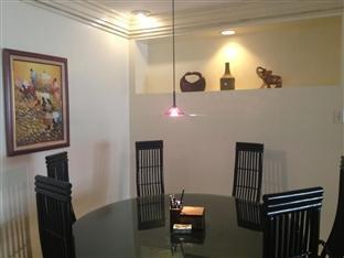 Suite 5C LPL Tower Serviced Apartments Manila - Common Dining Area