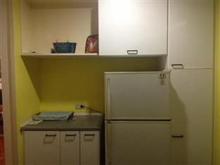 Suite 5C LPL Tower Serviced Apartments Manila - Common Kitchen