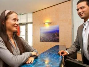 Hotel Armstrong Paris - Reception