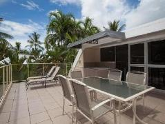 Seascape Holidays - Driftwood Mantaray Apartment 17 | Australia Hotels Port Douglas