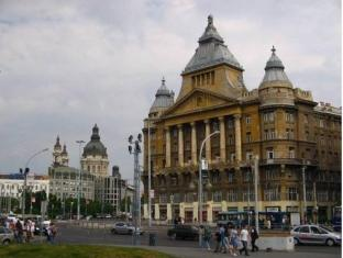 /da-dk/deak-hostel/hotel/budapest-hu.html?asq=jGXBHFvRg5Z51Emf%2fbXG4w%3d%3d