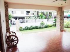 Philippines Hotels | Casa Amiga Dos Holiday Home