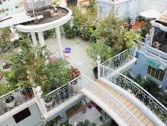 Ngoc Hue Hotel Saigon | Cheap Hotels in Vietnam