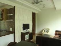 Laurent & Benon Suites - Santacruz East: guest room