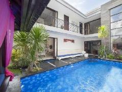 Villa Penelopy, Indonesia