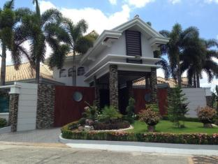 PLJ Executive Magical Villa