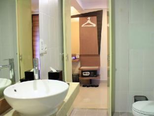 فندق نيو كوتا جيلانتك بالي - حمام