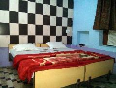 Hotel Garden View | India Budget Hotels