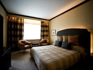 Cinnamon Lakeside Hotel Colombo - Orris suite