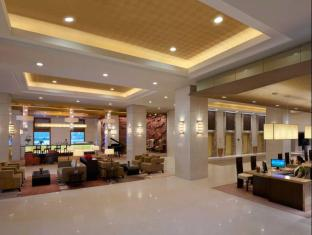 Cinnamon Lakeside Hotel Colombo - Lobby