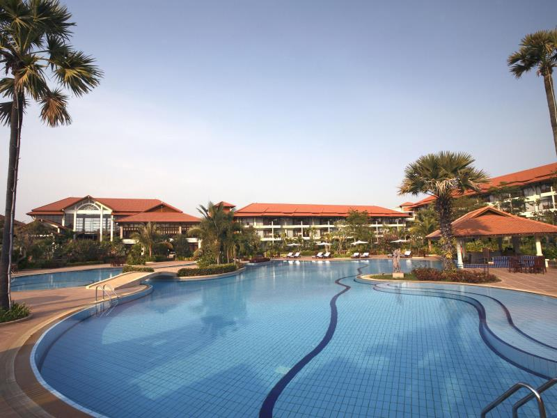 Angkor Palace Resort & Spa0