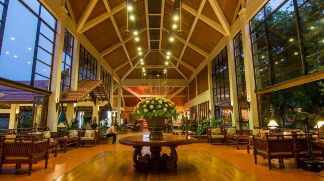 Angkor Palace Resort & Spa1