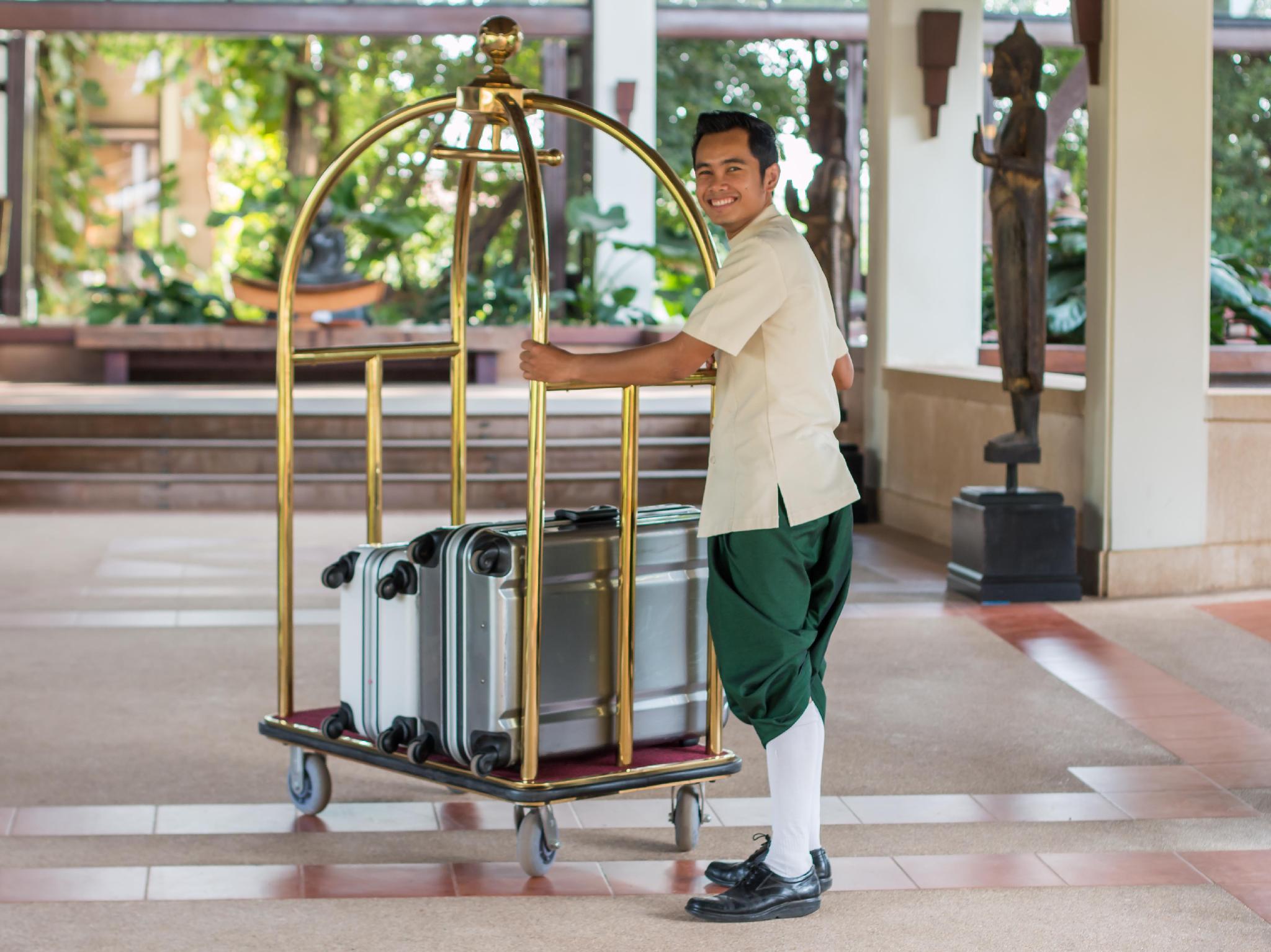 Angkor Palace Resort & Spa5