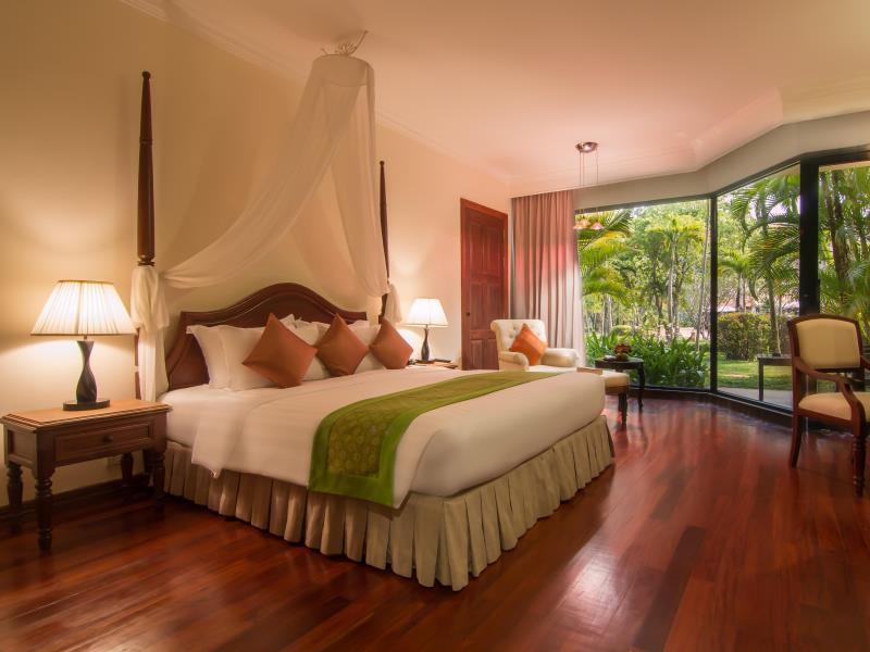 Angkor Palace Resort & Spa7