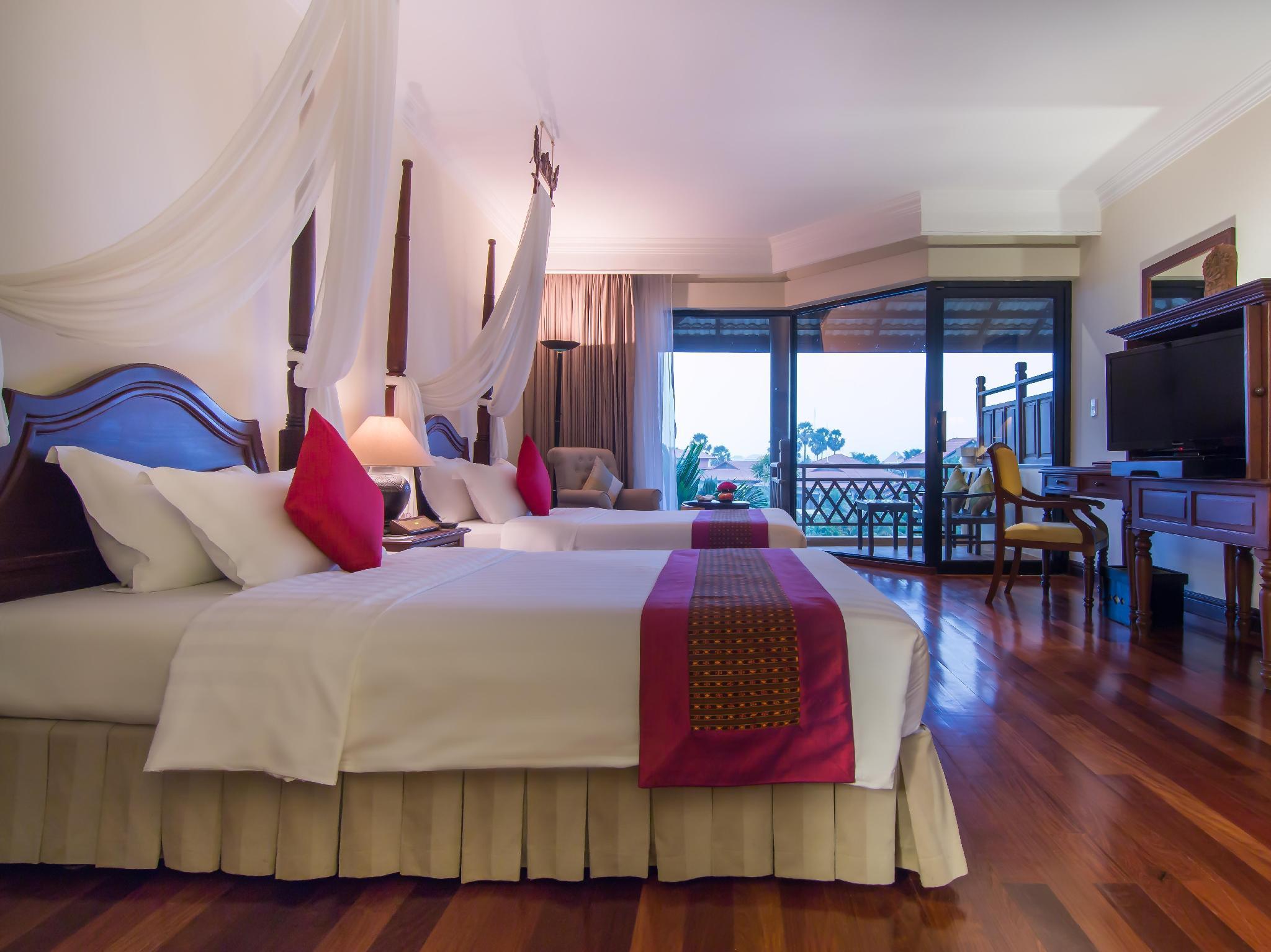 Angkor Palace Resort & Spa9