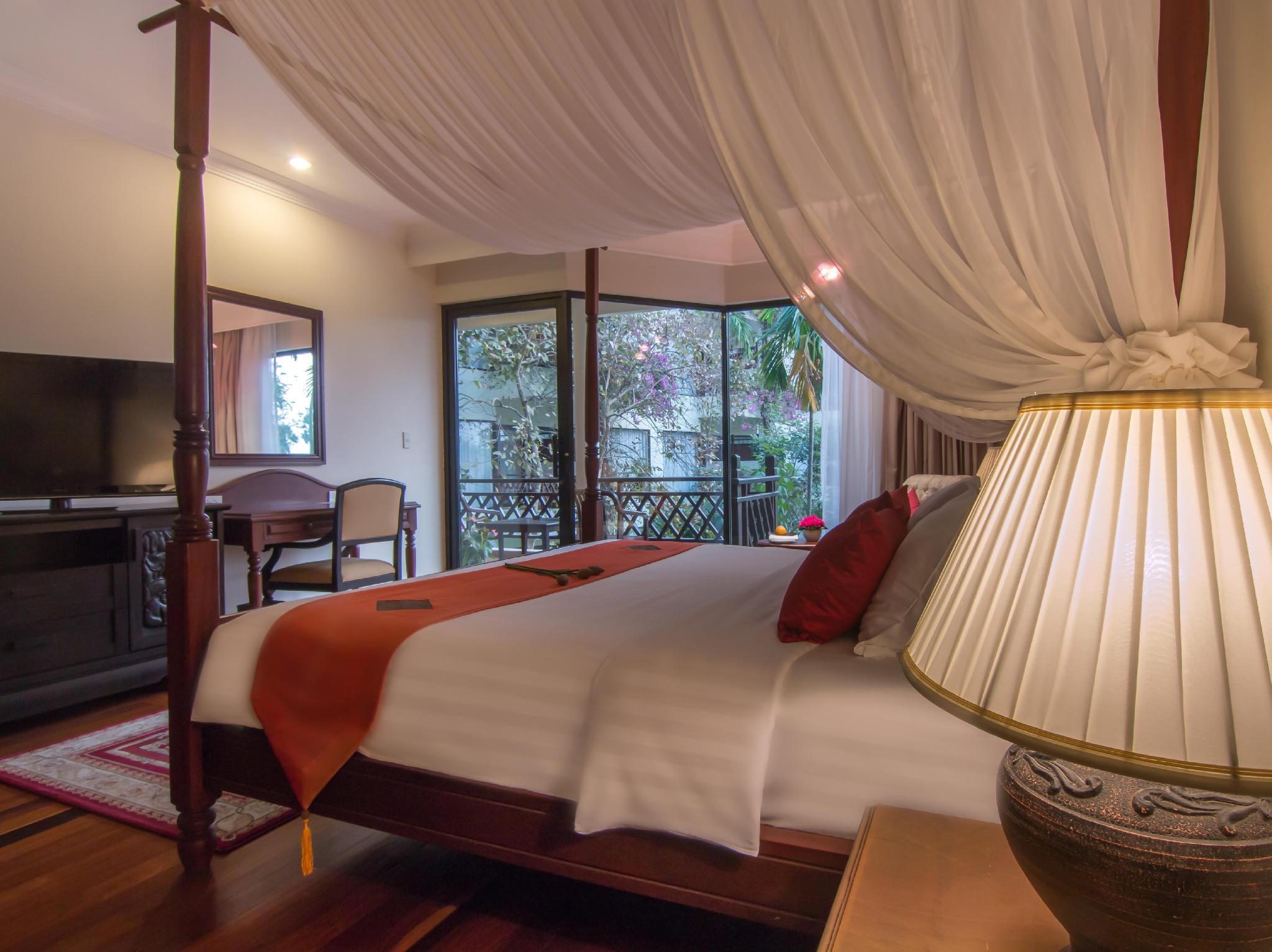 Angkor Palace Resort & Spa10