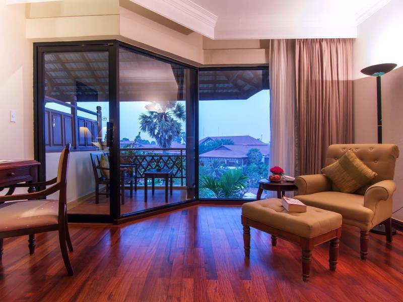 Angkor Palace Resort & Spa13