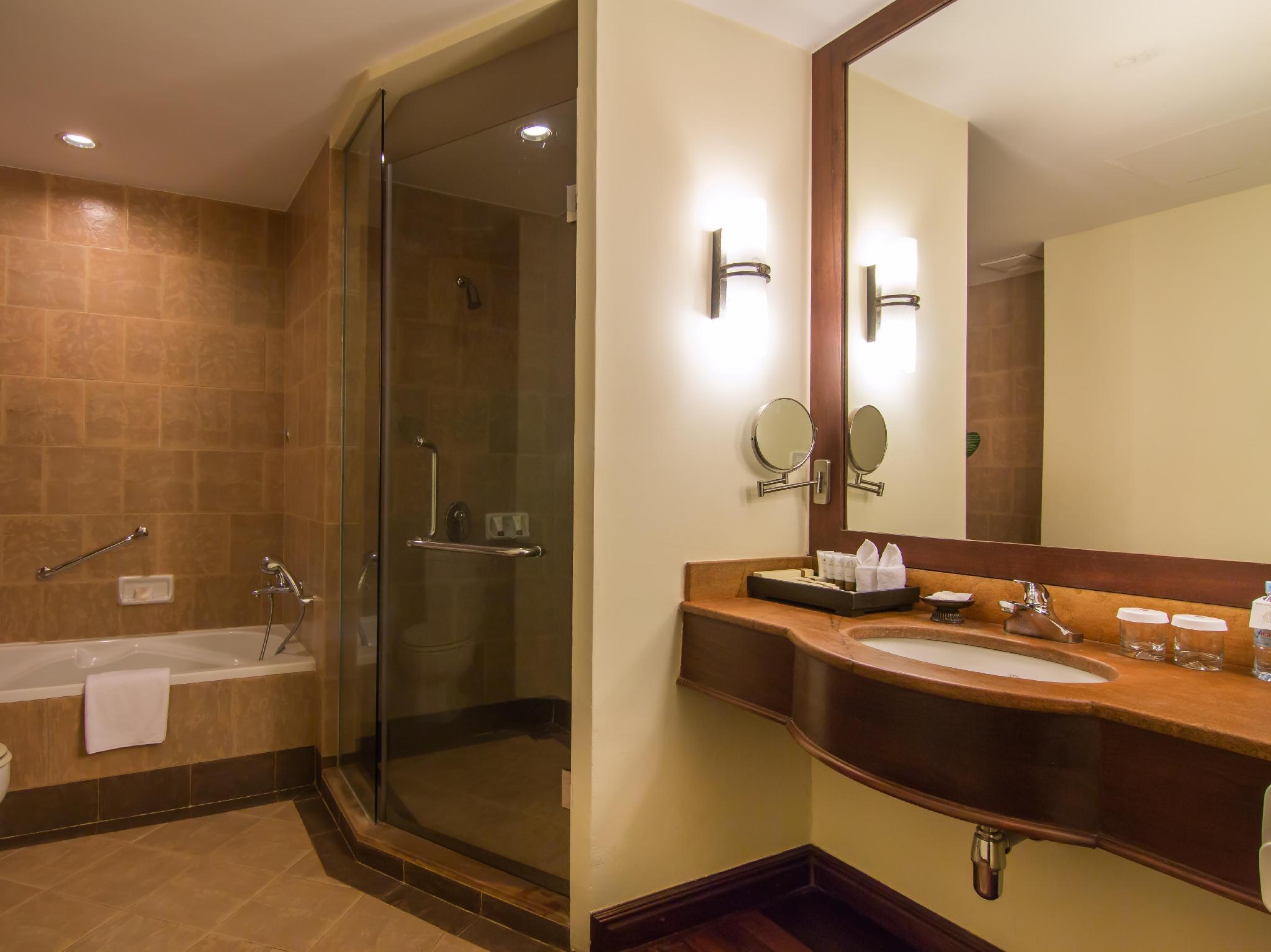Angkor Palace Resort & Spa17