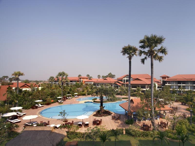 Angkor Palace Resort & Spa18