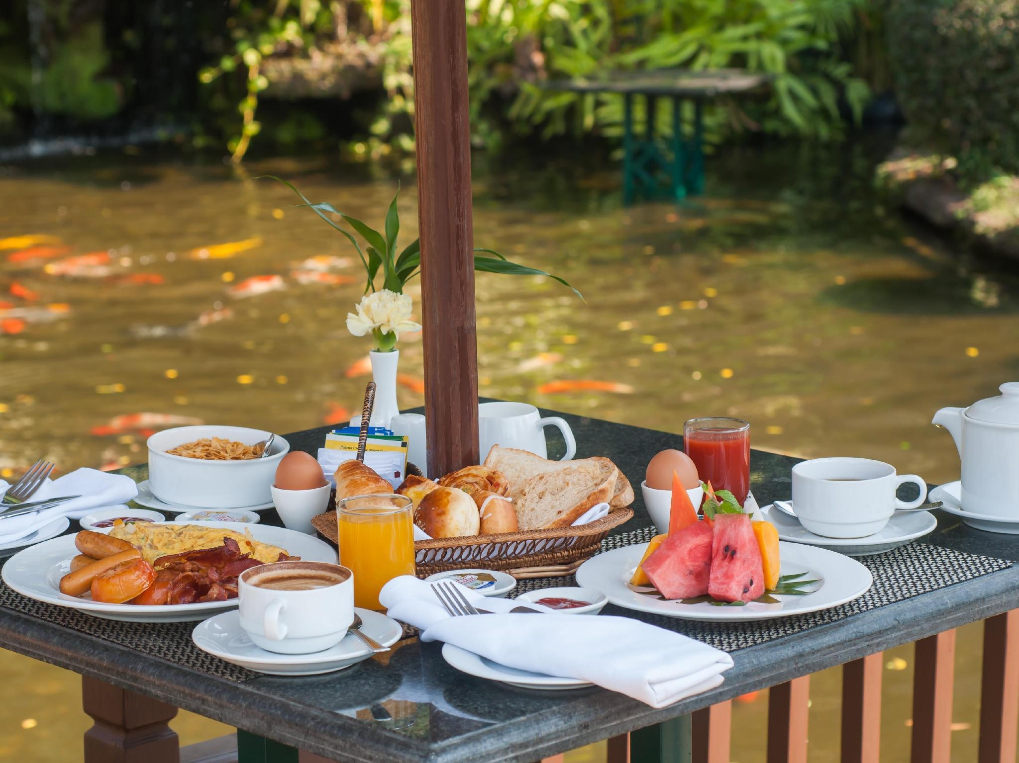 Angkor Palace Resort & Spa24