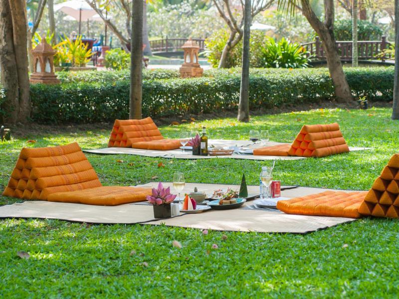 Angkor Palace Resort & Spa49