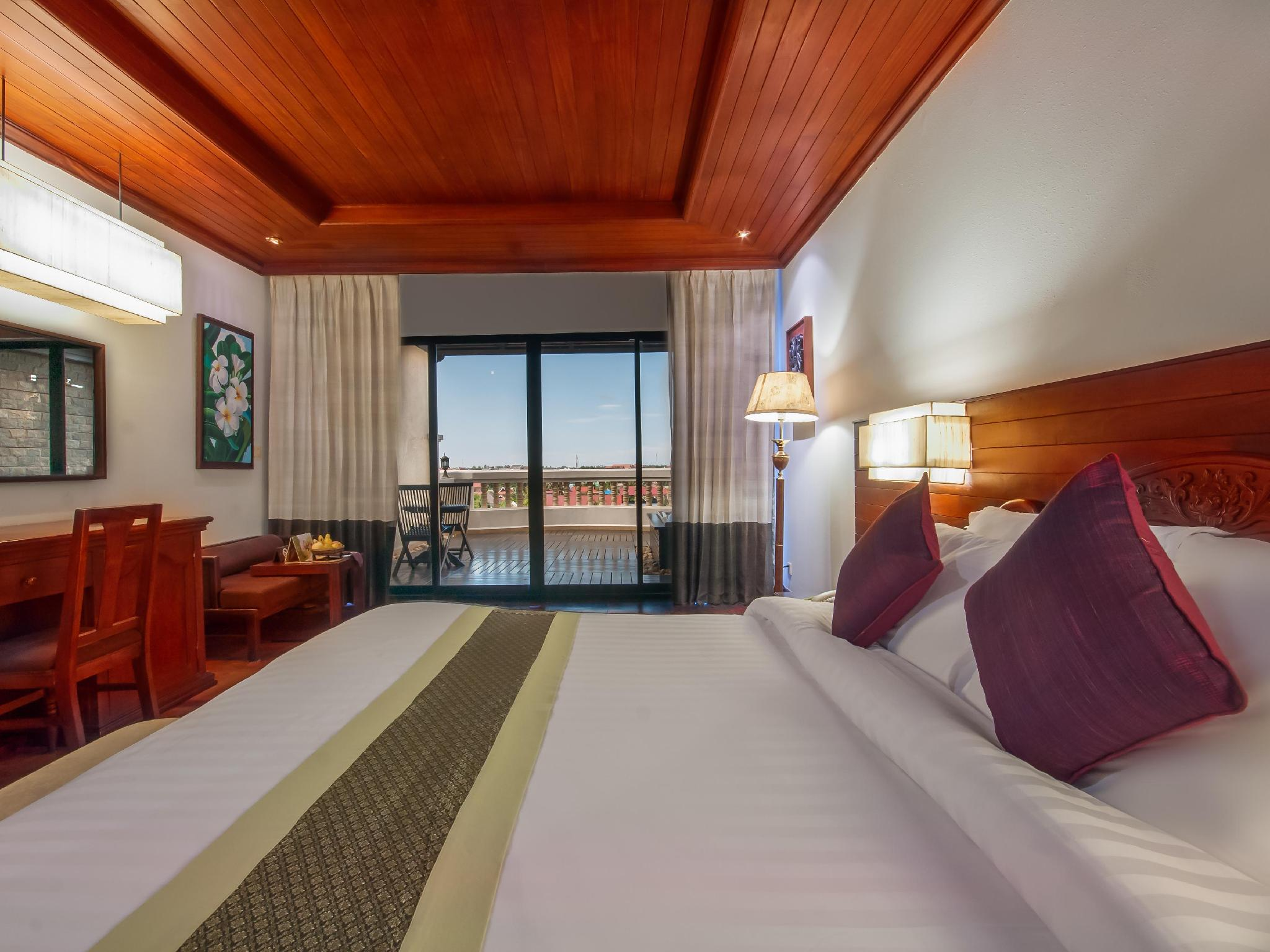 Borei Angkor Resort & Spa13