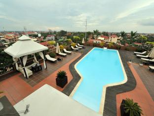 City River Hotel Siem Reap - Rooftop Swimming Pool