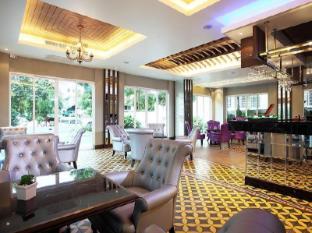Chillax Resort Bangkok - Pub/Lounge