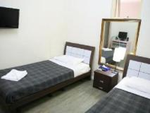Central Private Hotel: guest room