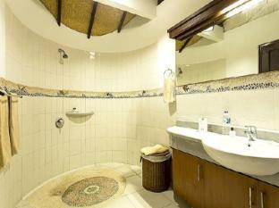 Lembongan Island Beach Villas Bali - Bathroom