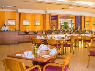 Grand Continental Kuching Hotel Kuching - Coffee Shop/Café