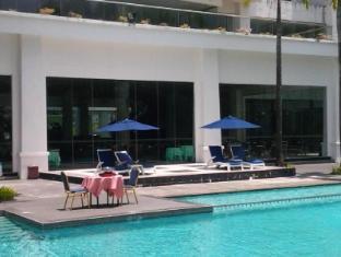 Century Helang Hotel Langkawi - Swimming Pool