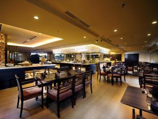 Grand Margherita Hotel Kuching - Coffee House