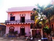 Taxtida Guesthouse: exterior