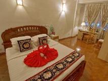 Hotel Mandalay: suite room