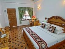 Hotel Mandalay: guest room