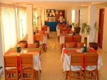 Lucky Hotel: restaurant