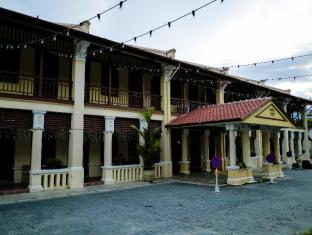 1926 Heritage Hotel Penang - Facade
