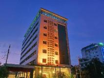 Hotel Queen: exterior