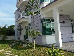 Malaysia Hotels   Kompo Villa