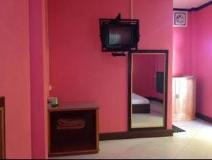 Vadsana Hotel: guest room