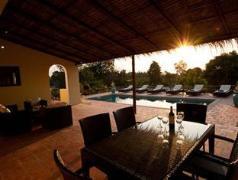 Villa S'aat | Cheap Hotels in Kep Cambodia