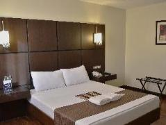 Philippines Hotels | The Grande Suites