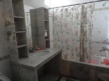 Suryoday Bed & Breakfast: bathroom