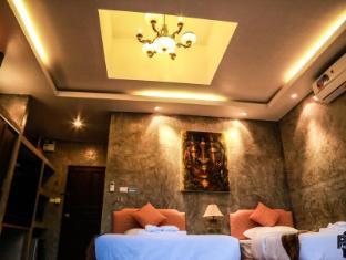 Anodard Phuket Resort