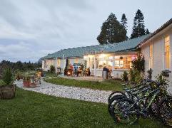 Snowy Waters Lodge | New Zealand Budget Hotels