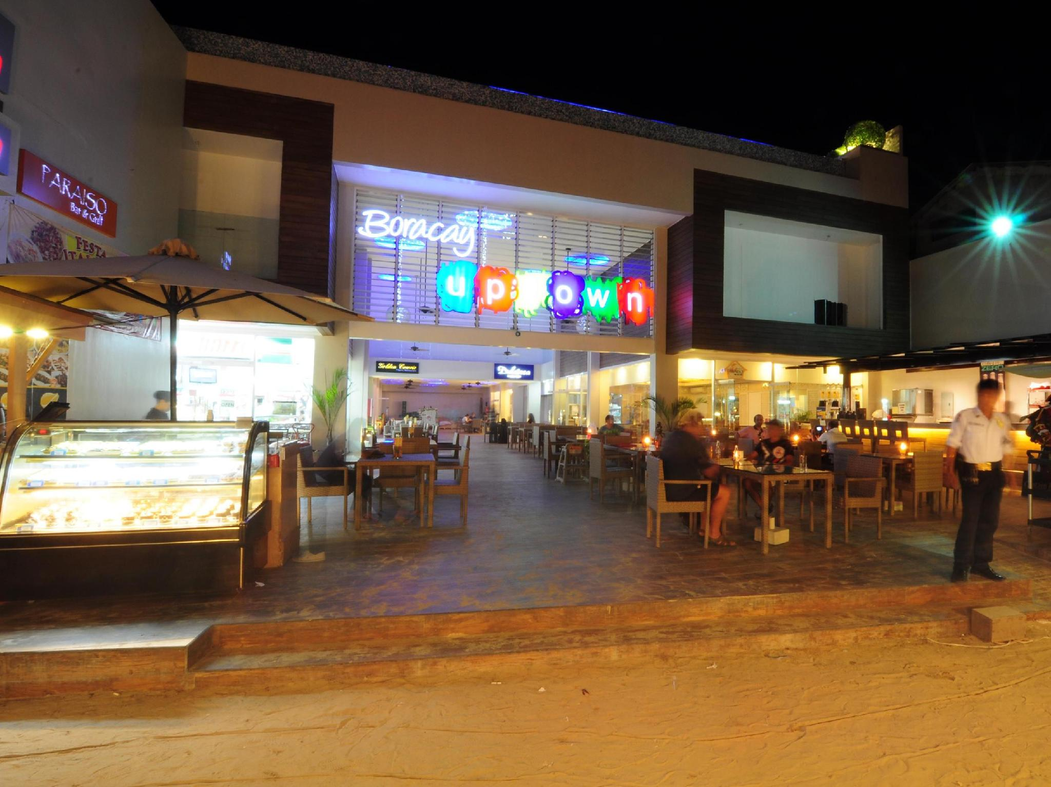 Boracay Uptown Hotel11